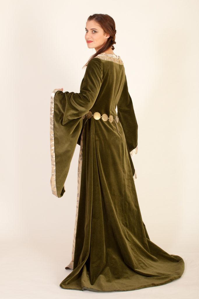 Eowyn grünes Kleid 04