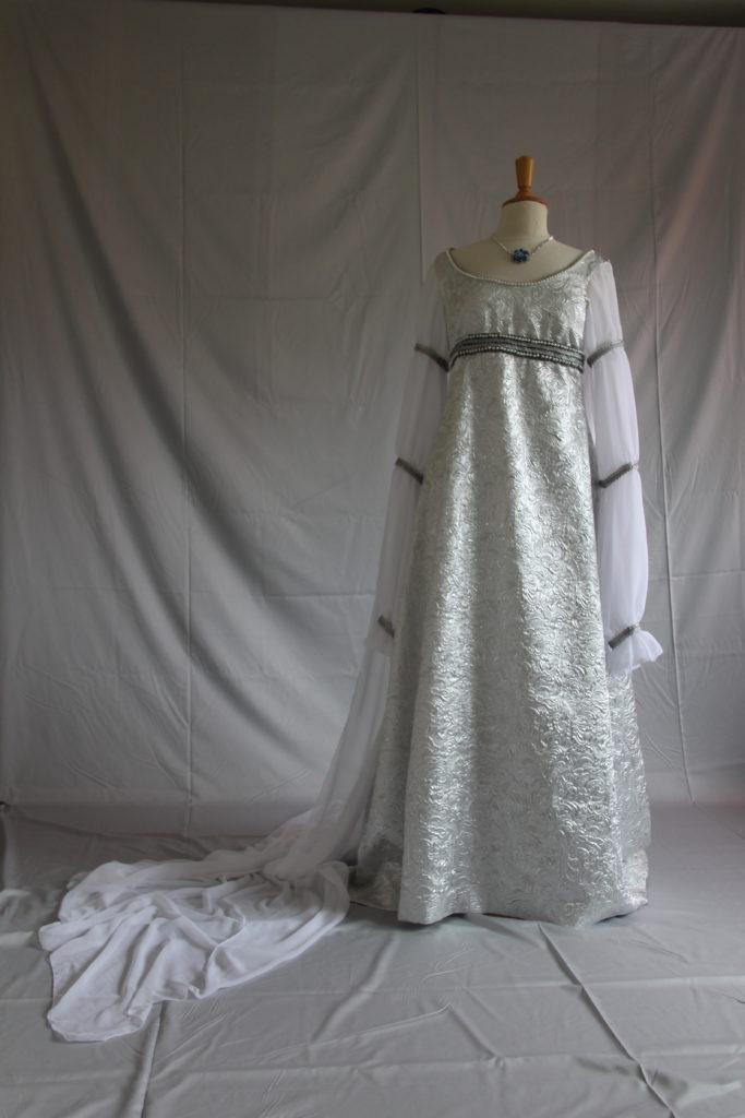 Aschenbrödel Hochzeitskleid 02