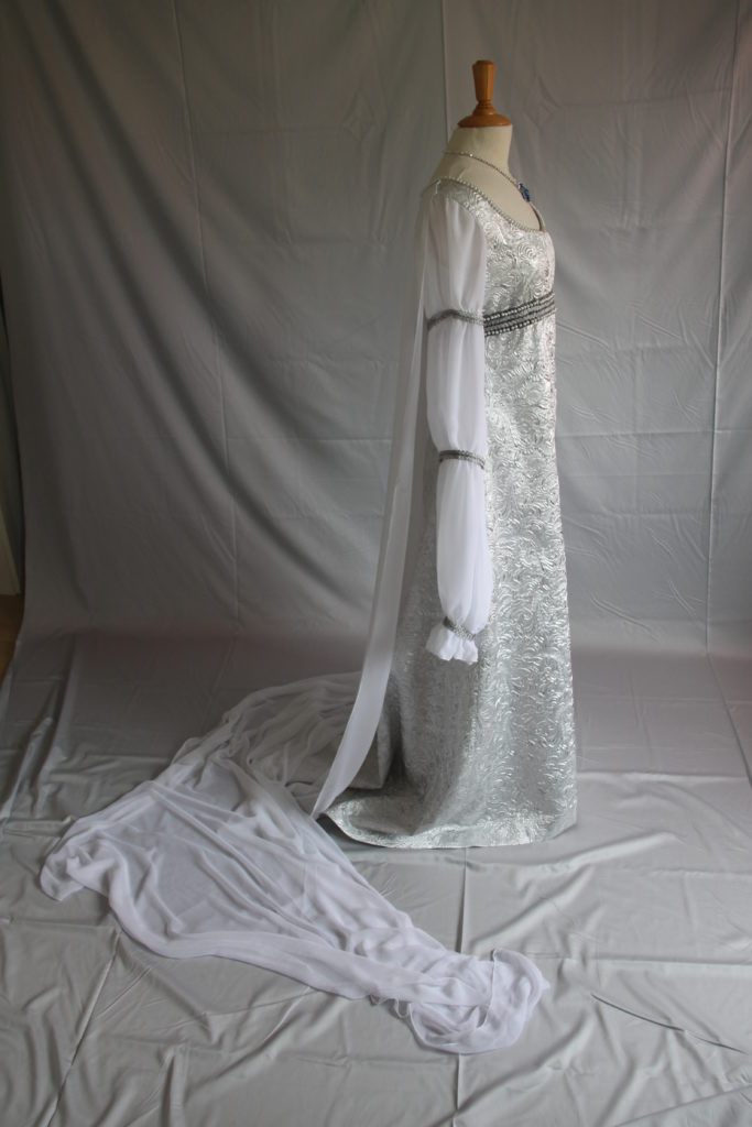 Aschenbrödel Hochzeitskleid 09