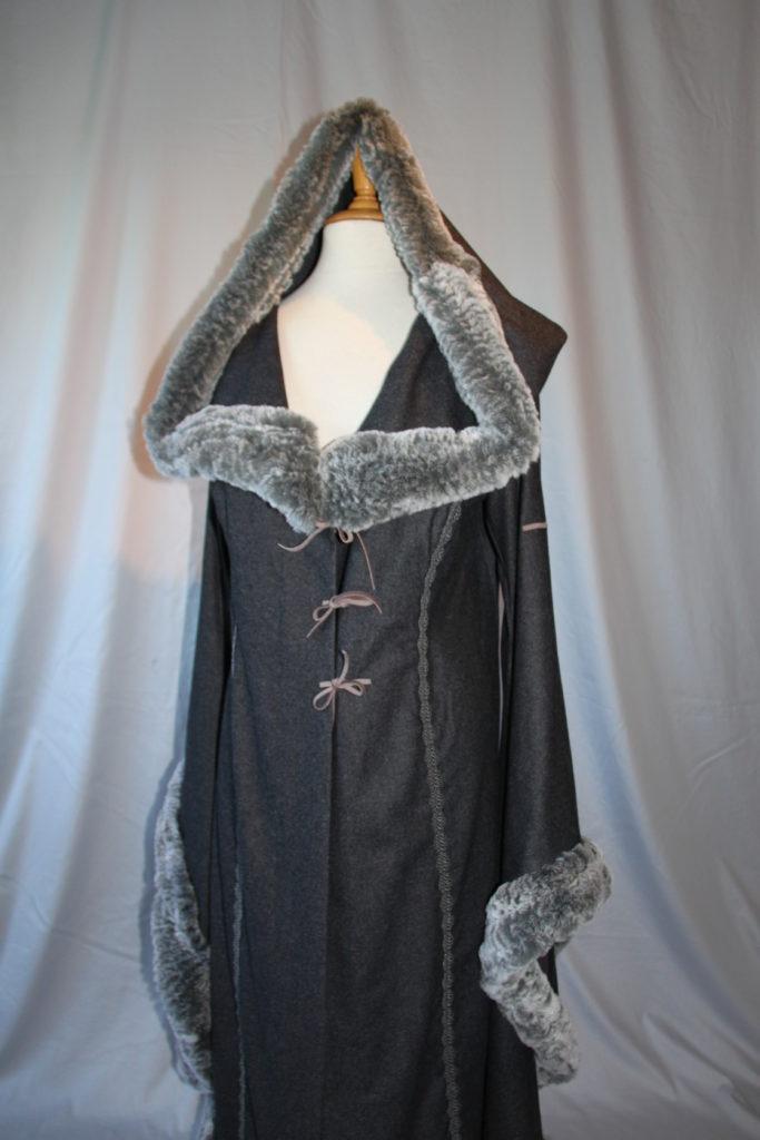 Vikinger Mantel grau 07