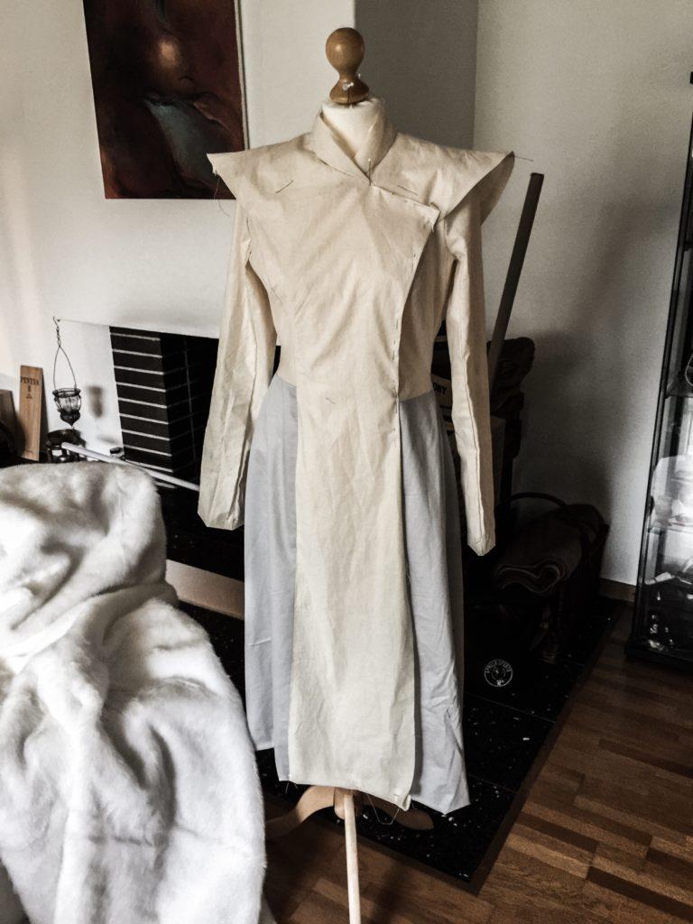 Daenerys white furcoat WIP 015