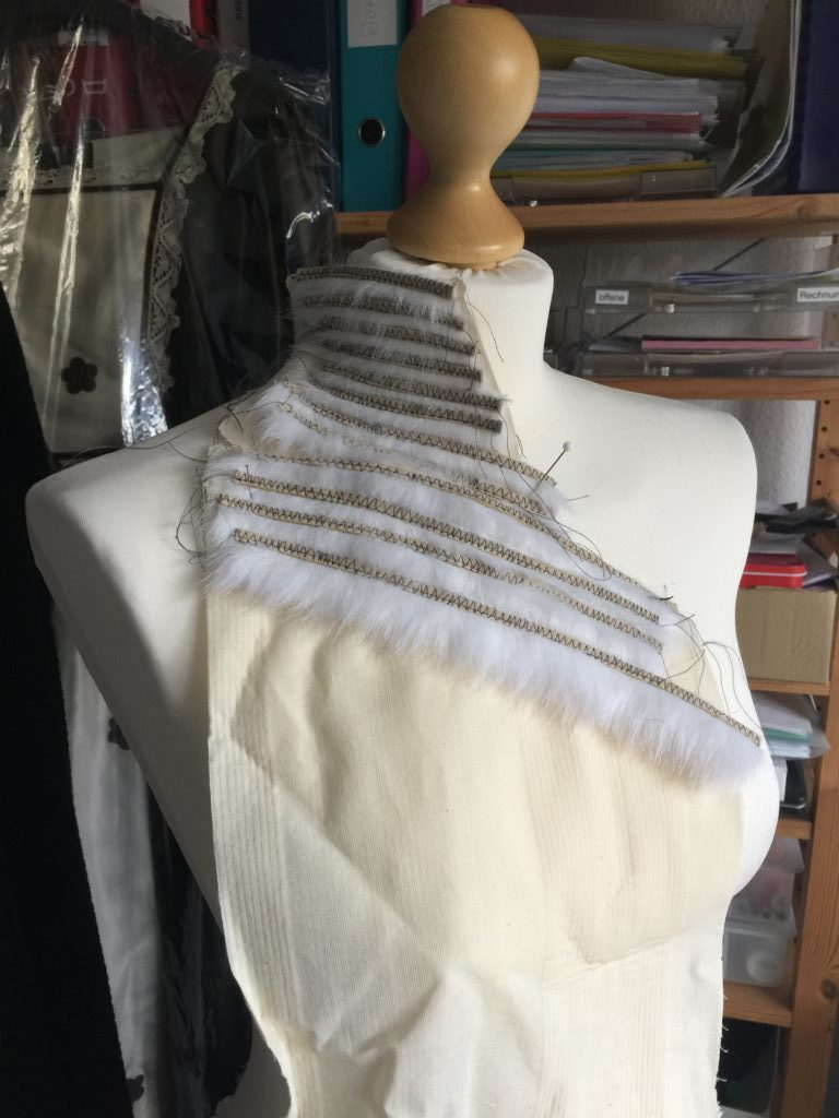 Daenerys white furcoat WIP 005