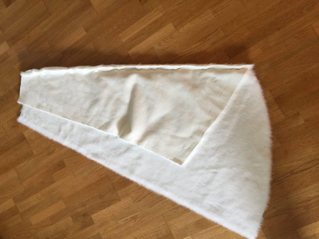 Daenerys white furcoat WIP 029