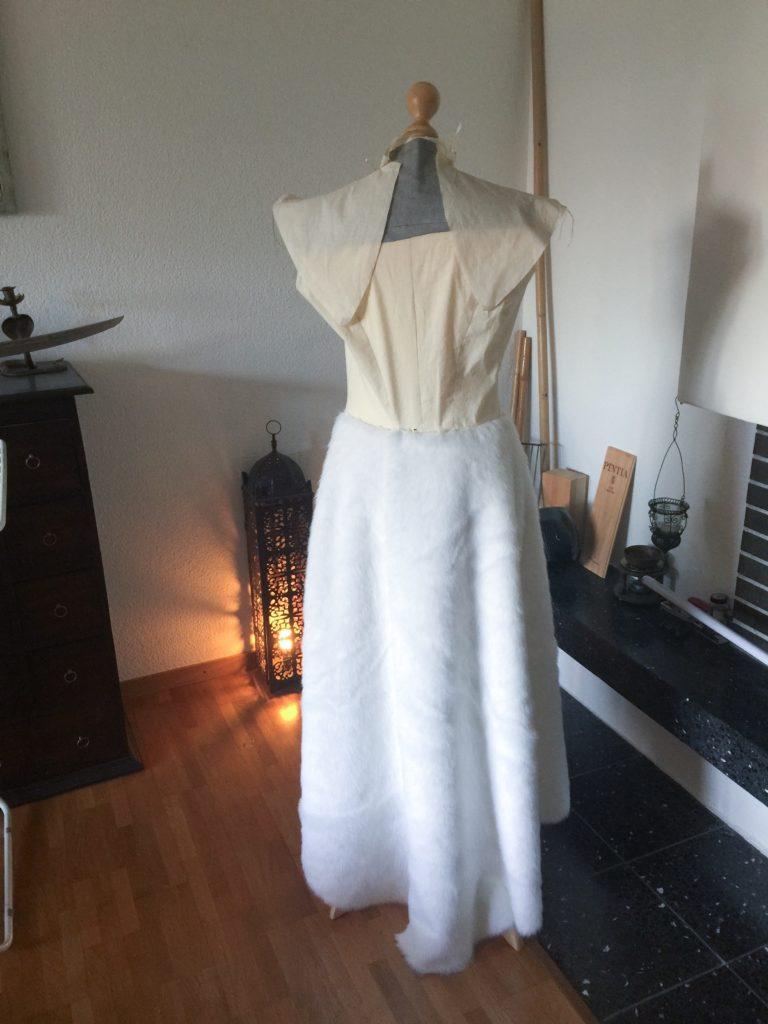 Daenerys white furcoat WIP 048
