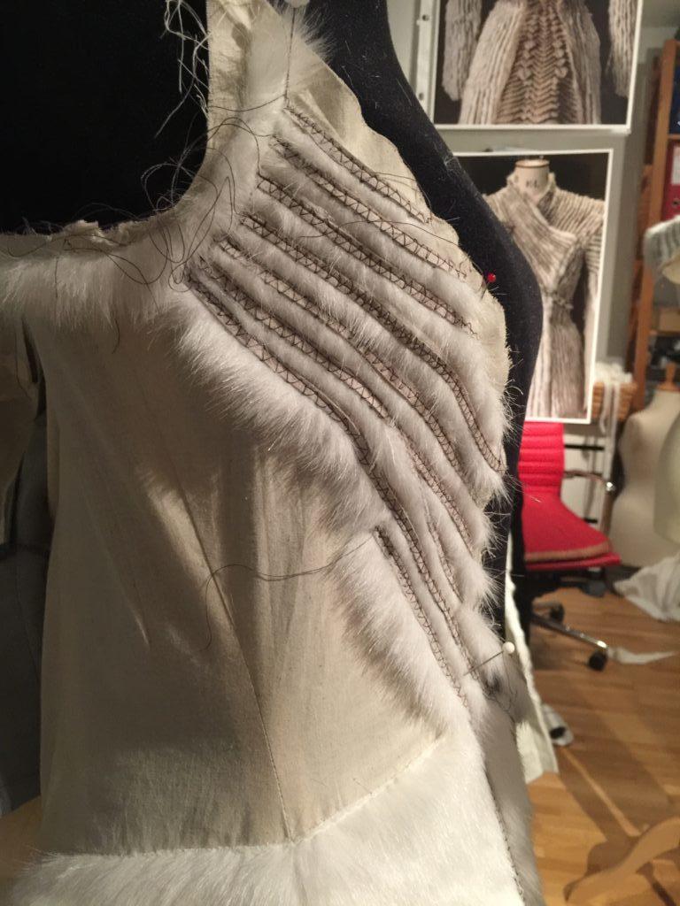 Daenerys white furcoat WIP 074