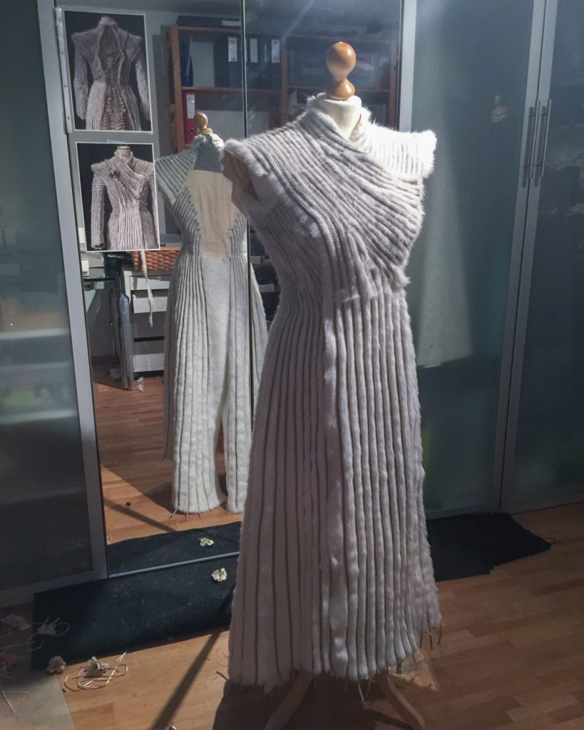 Daenerys white furcoat WIP 122