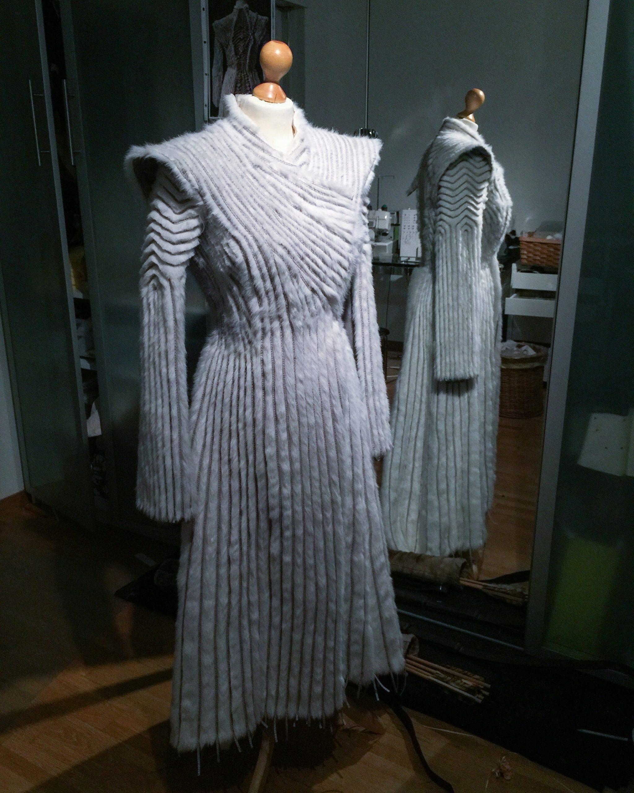 Daenerys white furcoat WIP 197
