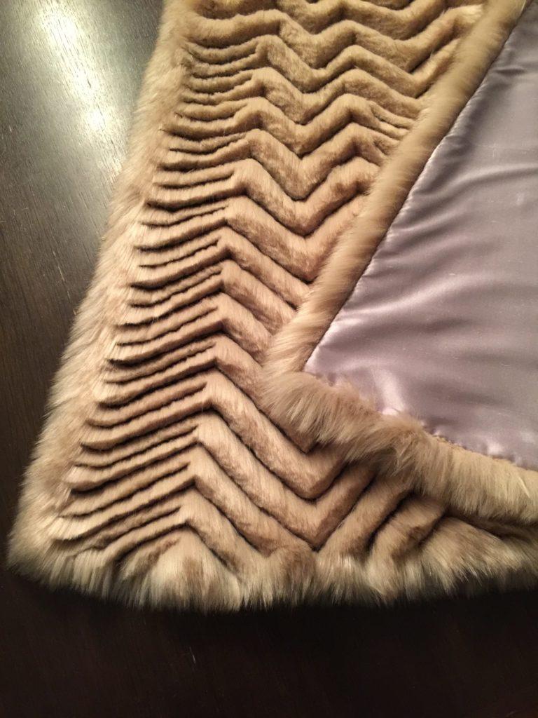 Daenerys white furcoat WIP 272