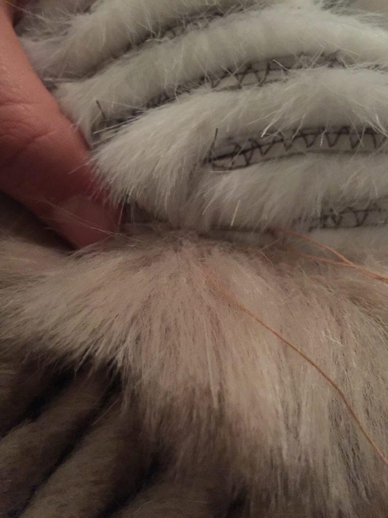 Daenerys white furcoat WIP 285