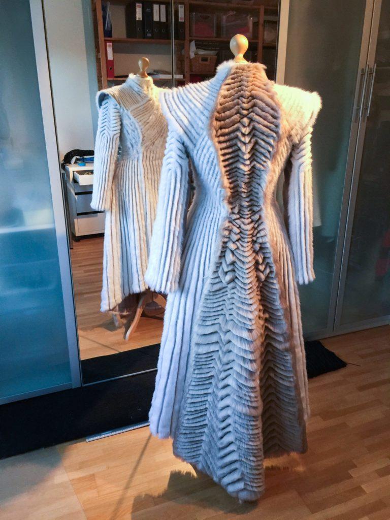 Daenerys white furcoat WIP 309