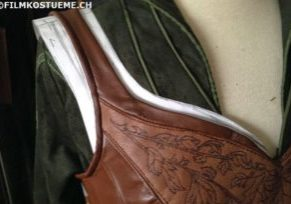 Tauriel leather corset